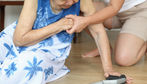 Clinical pointers: falls assessment and prevention
